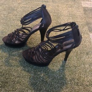 Guess platform heels - Sz 8